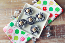 Chocolate Cookies for the Holidays: Kris Kringle Kisses